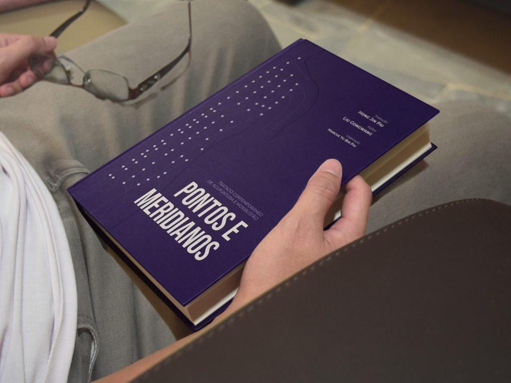 Livro Pontos e Meridianos - Hong Jin Pai (CEIMEC)
